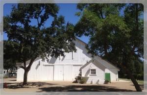 Oak Farm Vineyards barn